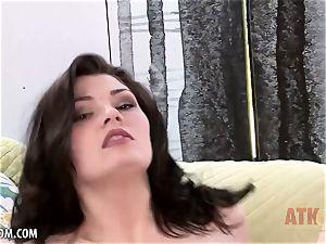 Jessica Rex Attacks her clitoris