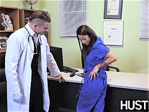 tempting nurse Stassi Sinclaire humps in doctors office