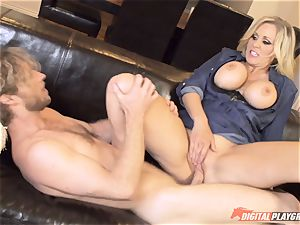 Julia Ann honeypot packed on mothers day