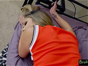teenage cheerleader ravages her stepbrother