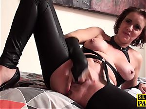 cunt munched brit mature frigs her poon