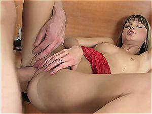 young Gina gets her fuckbox torn open